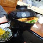 天ぷら和食 さくや - ふた閉まりません