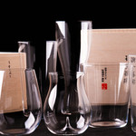 鉄板焼 ろじ - 錦糸町名産の職人手作りのうすはりグラスを使用しています。