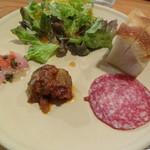 29610827 - ランチ 前菜とサラダ