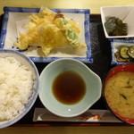 天政 - 天ぷら定食¥700☆