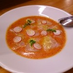 チェルニア - 白身魚のカルパッチョ フレッシュトマトソース
