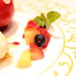 カファレル - ドルチェ お皿盛りのフルーツ '14 7月中旬