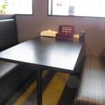 らうめん侍 - テーブル席
