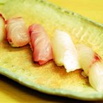つばさ寿司本店 - 白身づくし①(写真1枚におさめるの難しい)