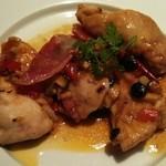29628179 - 柔らかで絶妙な食感の若鶏の炒め物