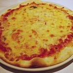 ラ ノッテビアンカ - マルゲリータ 980円 (2013/9) (^ω^) チーズたっぷりですよ(^^b