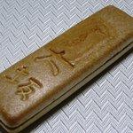 桃林堂 陌草園 - もなか大坂(1本) 158円