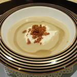 トゥ・ラ・ジョア - 白いんげん豆と帆立貝のスープ (2014/08)