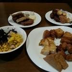 とうふ坊 - 料理、少しずつ盛ってみました。