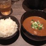 古都はピアノマン - 特製華麗つけ麺の後、ご飯と共に (写真はつけスープ追加100円)