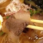 神戸牛らーめん 八坐和 - 神戸牛らーめん~古式醤油仕立~神戸牛チャーシュー・リフト