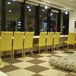 猫まるカフェ - カウンター席