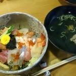 袖師 寿し鐡 - 料理写真:ちらし寿司 雅