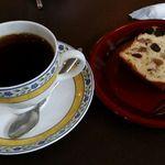 イースト サイド - コーヒー&パウンドケーキ
