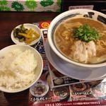 Shinwakayamaramembariuma - ばり馬ラーメン648円と白飯54円