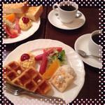 メルカードミサキ店 - ワッフル600円♡
