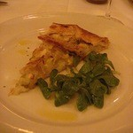 Chez Panisse - 前菜はリークとオニオンのタルト                             自然な甘みがいっぱいです。