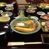 あわびめし栄楽 - 料理写真:エビフライの大きさにびっくり