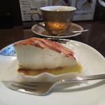 宰府 - 料理写真:トラジャブレンドと男!のケーキ