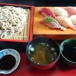寿司政 - 蕎麦が到着