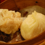 刀削麺・火鍋 XI'AN - ショーロンポウとシュウマイ