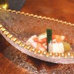 鮨 土方 - 焼きナスと車エビ