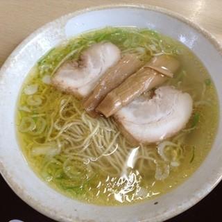 中華そば 弥太郎 - 塩ラーメン 580円