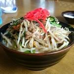 浜風 - 料理写真:牛そば(700円)