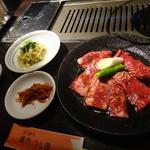 29713121 - お肉とナムルとキムチ