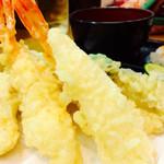 しらさぎ - 料理写真:天ぷら盛り合わせ〜