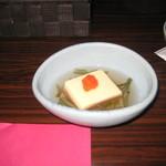 29719893 - 卵豆腐とじゅんさい(お通し)