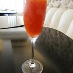 オステリア パーチェ - 赤いミモザ