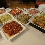 吉庭 - ブッフェの料理