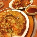 韓国家庭料理 扶餘 - 海鮮チヂミとオサムプルコギ☺︎うまし!