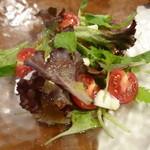 吉庭 - カプレーゼのサラダ仕立て