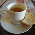 クレッシェレ - スープ・パン