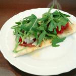 ラ イナテッサ - 軽いピザ(グラタンランチ1000円)