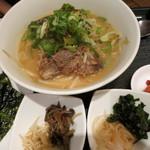 韓国旬菜ハル - 本日の日替わり限定10食ソルランタンラーメン1000円。