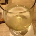 うしごろバンビーナ - スパークリングワインです