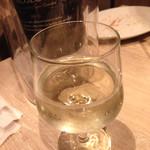 うしごろバンビーナ - スパークリングワイン 2900円