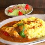 ヤドカリ食堂 - チキンと旬野菜のカレー