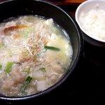 オモニのひと味 - 白い牛ホルモンチゲ!(2014,8/9)