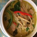 タイ料理 パヤオ - グリーンカレー 972円