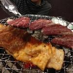 ホルモン 酒家 チング - 料理写真: