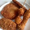 マルニシ - 料理写真:揚げたてのアスパラ巻、エリンギ、うずら卵、コロッケ、ハムカツ (2014.08現在)