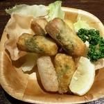 ふらり - スパムとチーズのワンタン包み揚げ480円