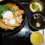 29784653 - 地鶏のきじ焼丼 800円
