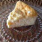 ピカソル - レモンカードチーズケーキ(2番人気)