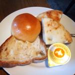 カフェ ピクニック - パン食べ放題