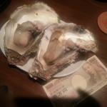 タイーム - 2014年・8月 焼き岩牡蠣 デカっ!